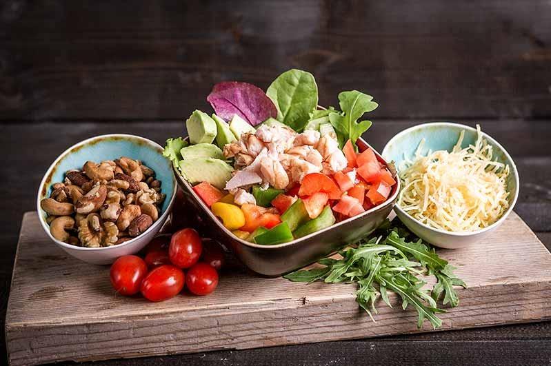 Groene salade met kip (klein 375cc)