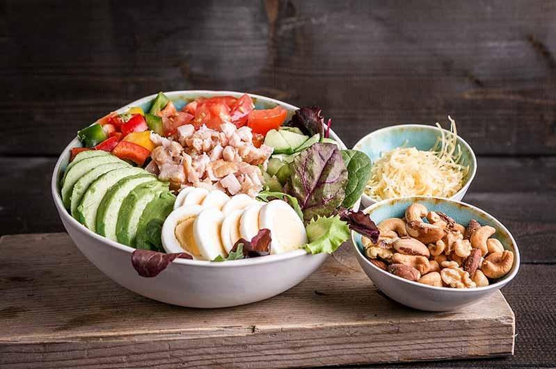 Groene salade met kip kom ( tot 10 personen)