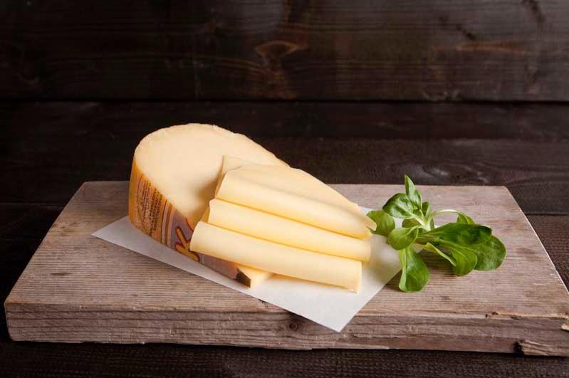 Jonge kaas a.h. stuk