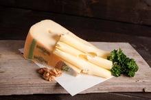 Leerdammer kaas gesneden