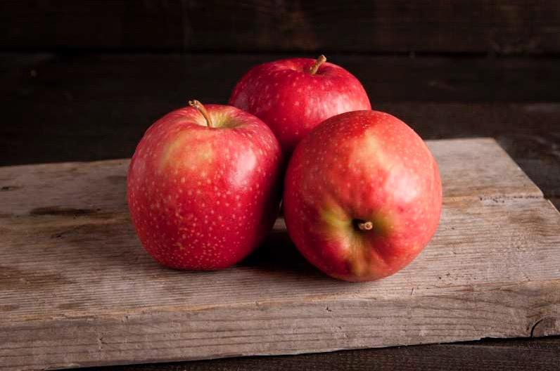 Pink lady appel per kist ca.12,5kg (60-65 stuks)