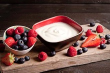 Bio-yoghurt met bosvruchten
