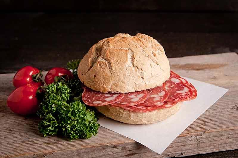 Broodje Spianata Romana