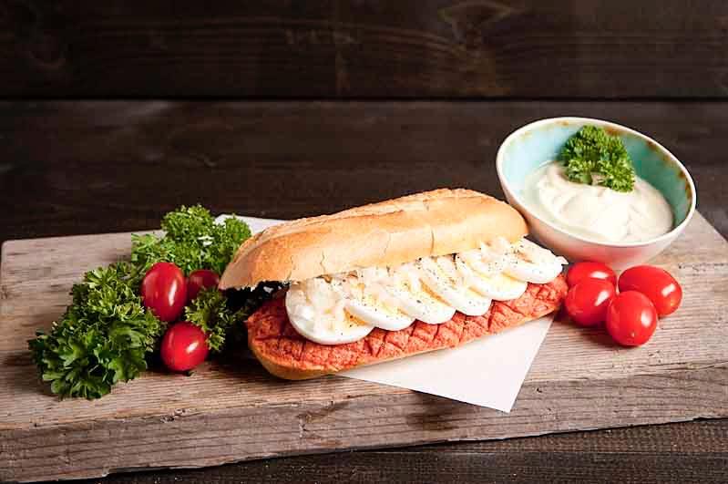 Lactosevrij broodje Huisgemaakte filet Américan speciaal