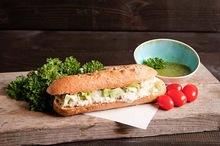 Lactosevrij broodje tuna luna van huisgemaakte tonijnsalade